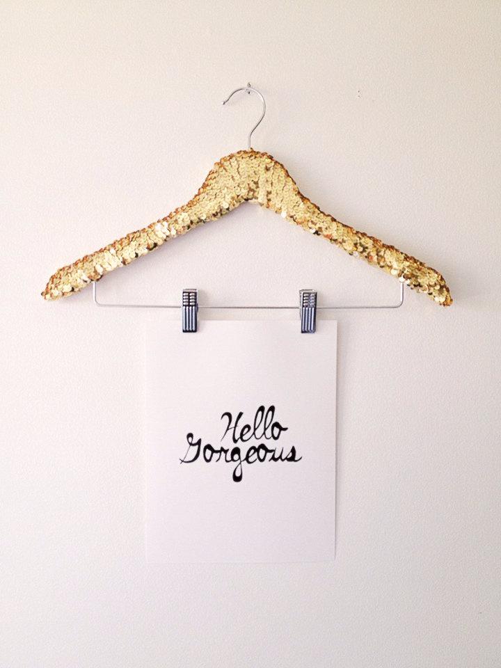 01 THE ORIGINAL Sequin Shirt Hanger