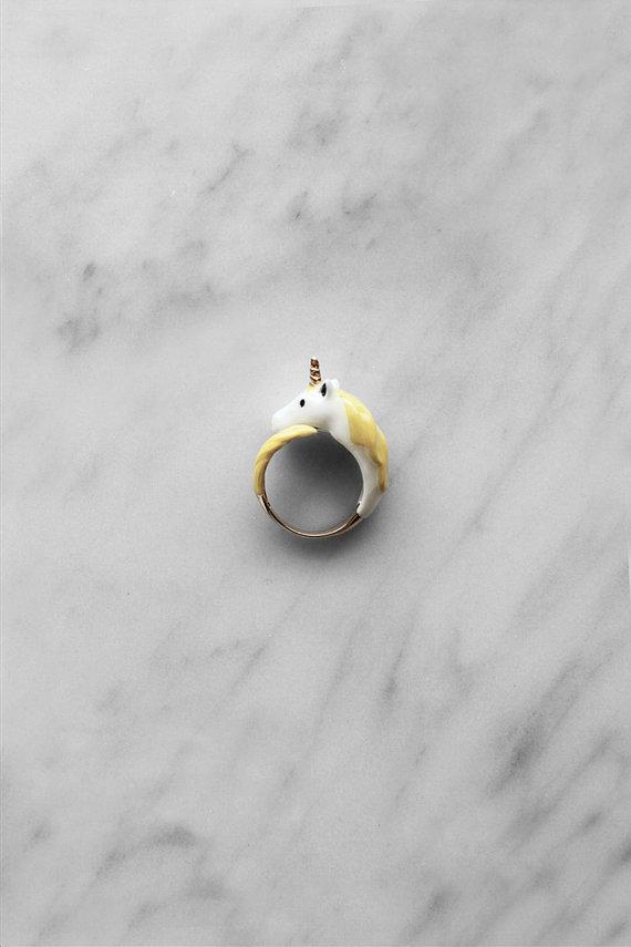 02 Unicorn Ring Yellow
