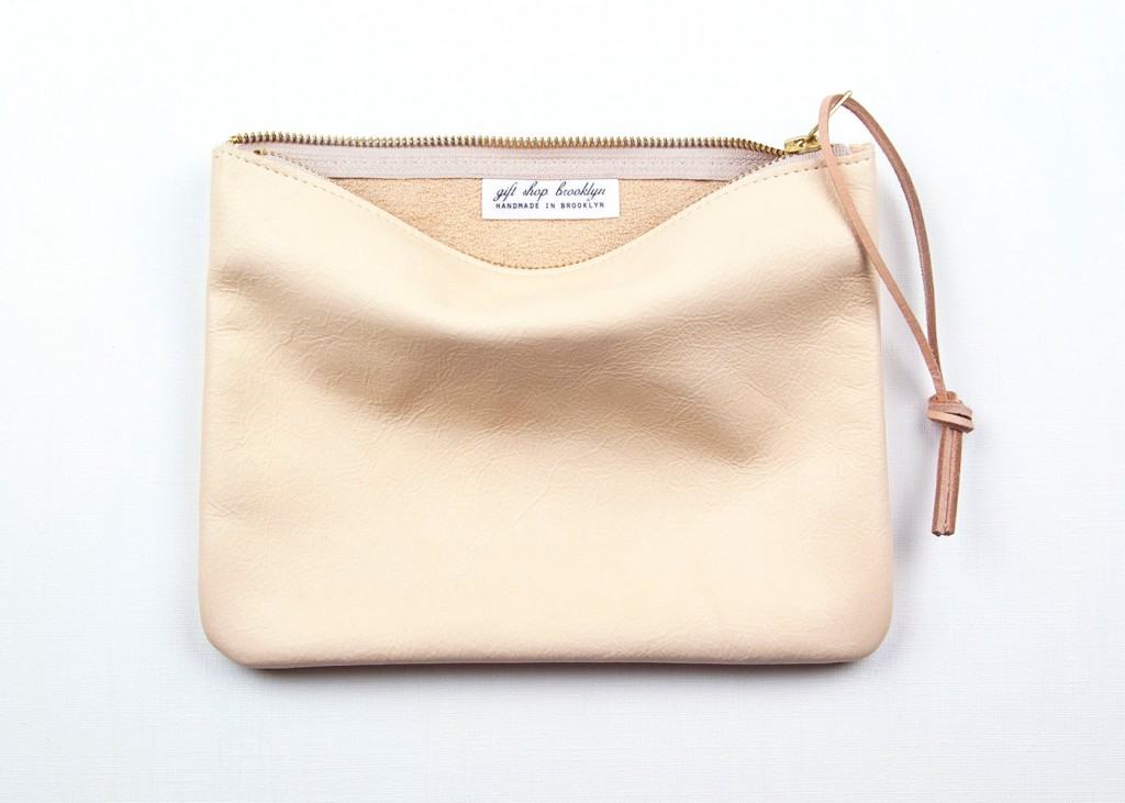 04 JANE Leather Pouch