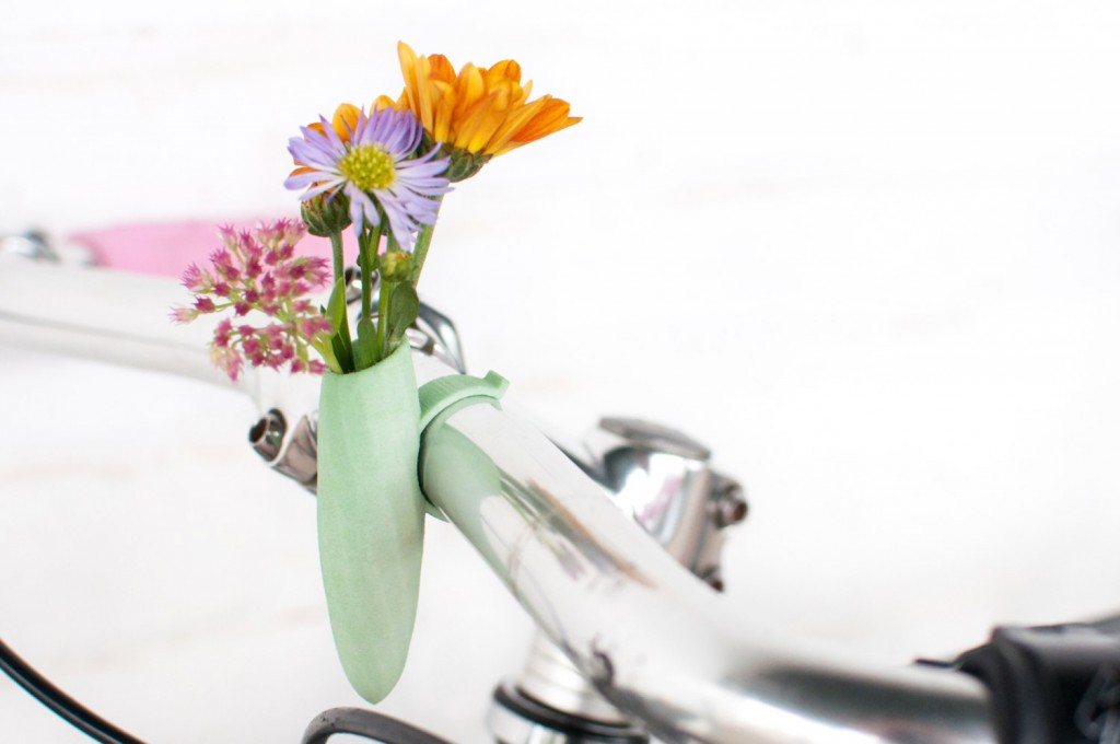 05 Mint Twisted Handlebar Vase