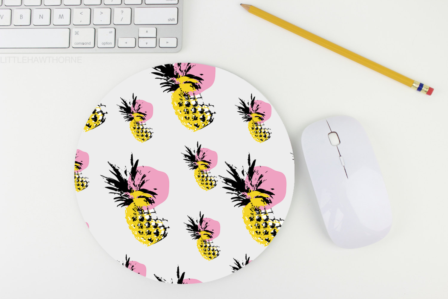 05 Pineapple Print Mouse Pad