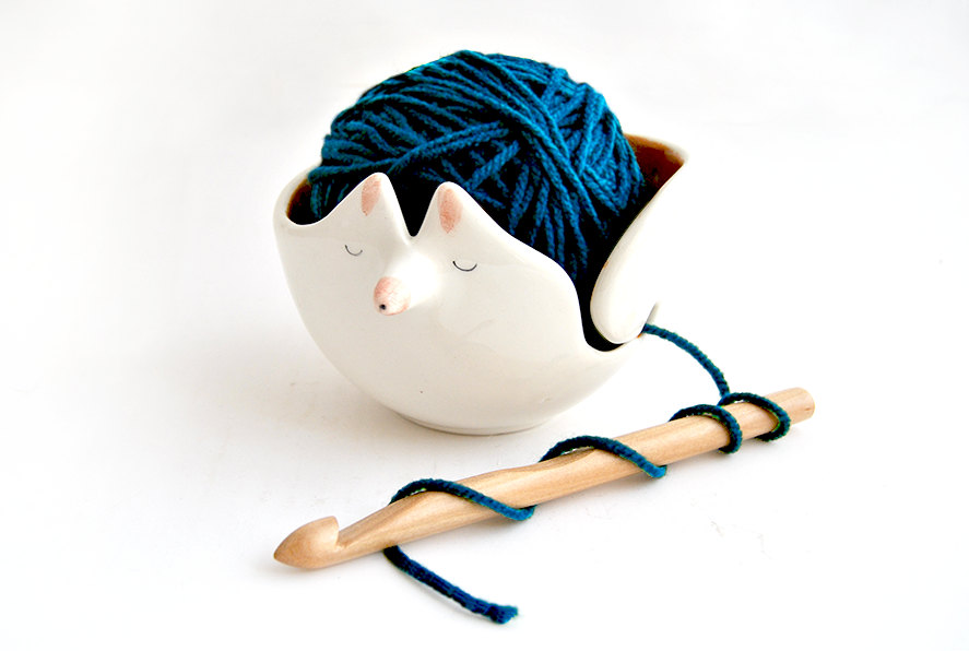 02 Ceramic Fox Yarn Bowl