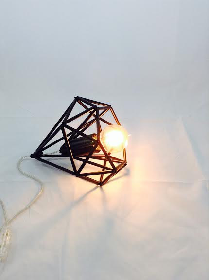 03 Himmeli light Cage table lamp