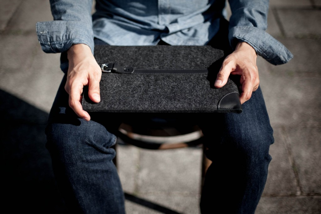 05 MacBook Pro 15 Retina Sleeve