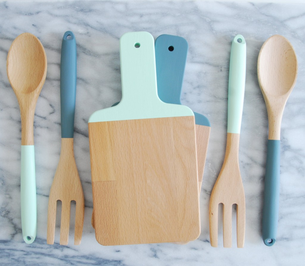 05 Mix and Match Cutting Board and Kitchen Utensil Set