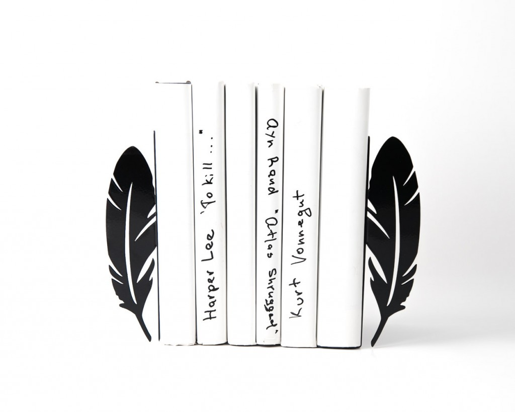 1 Metal Bookends Feathers