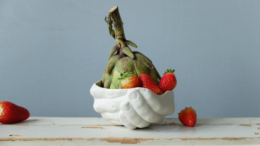 1 Modern Ceramic Hands Dish