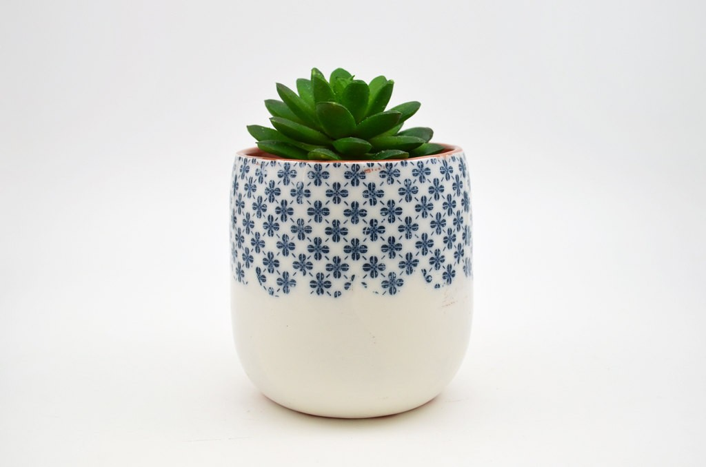 2 Patterned Pottery Planter