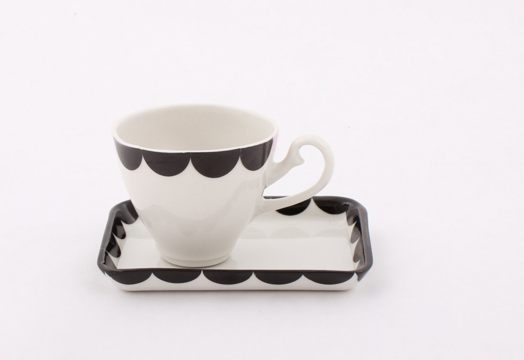 2 Porcelain Espresso Cup and Saucer