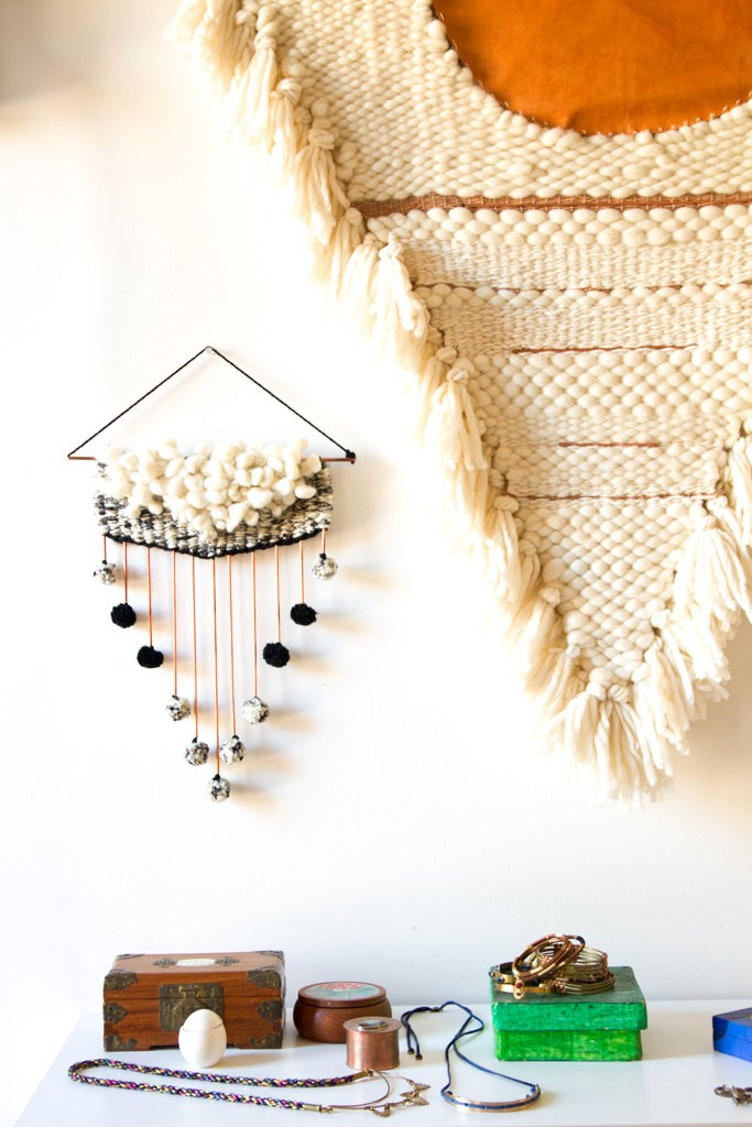 3 Wall hanging weaving
