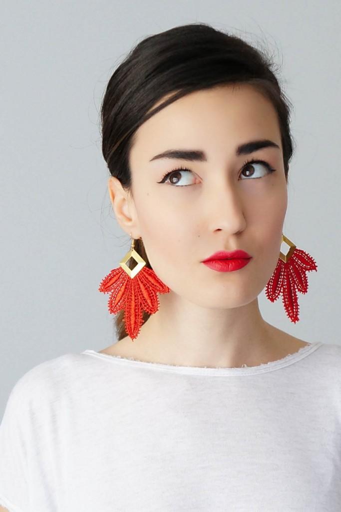 4 Red Earrings