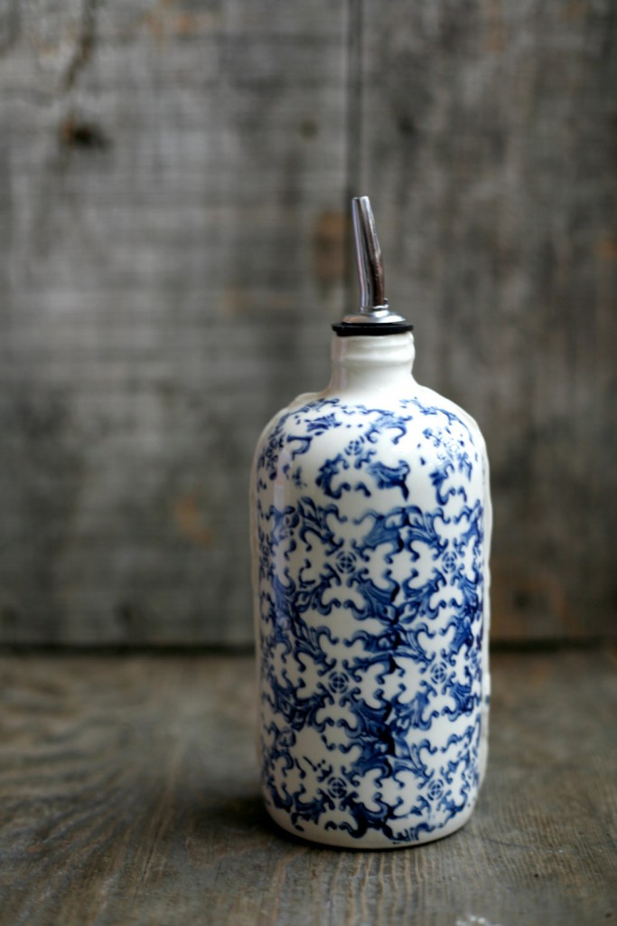 3 Porcelain bottle for oil