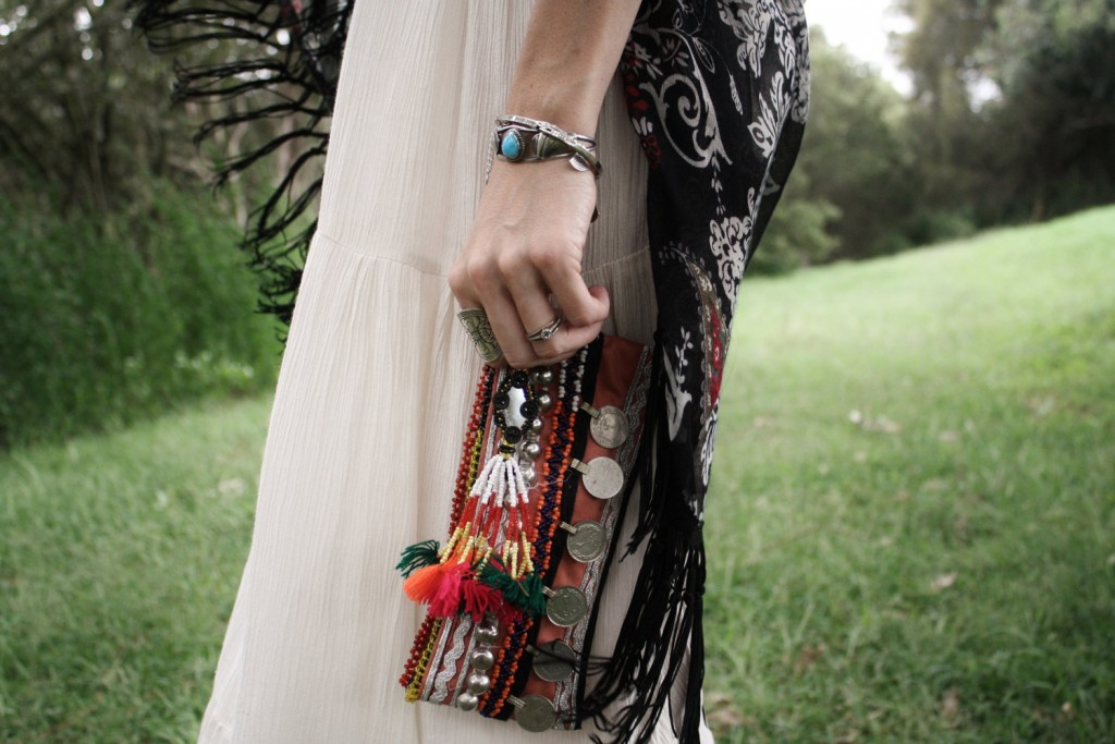 4 TRIBAL CLUTCH Purse