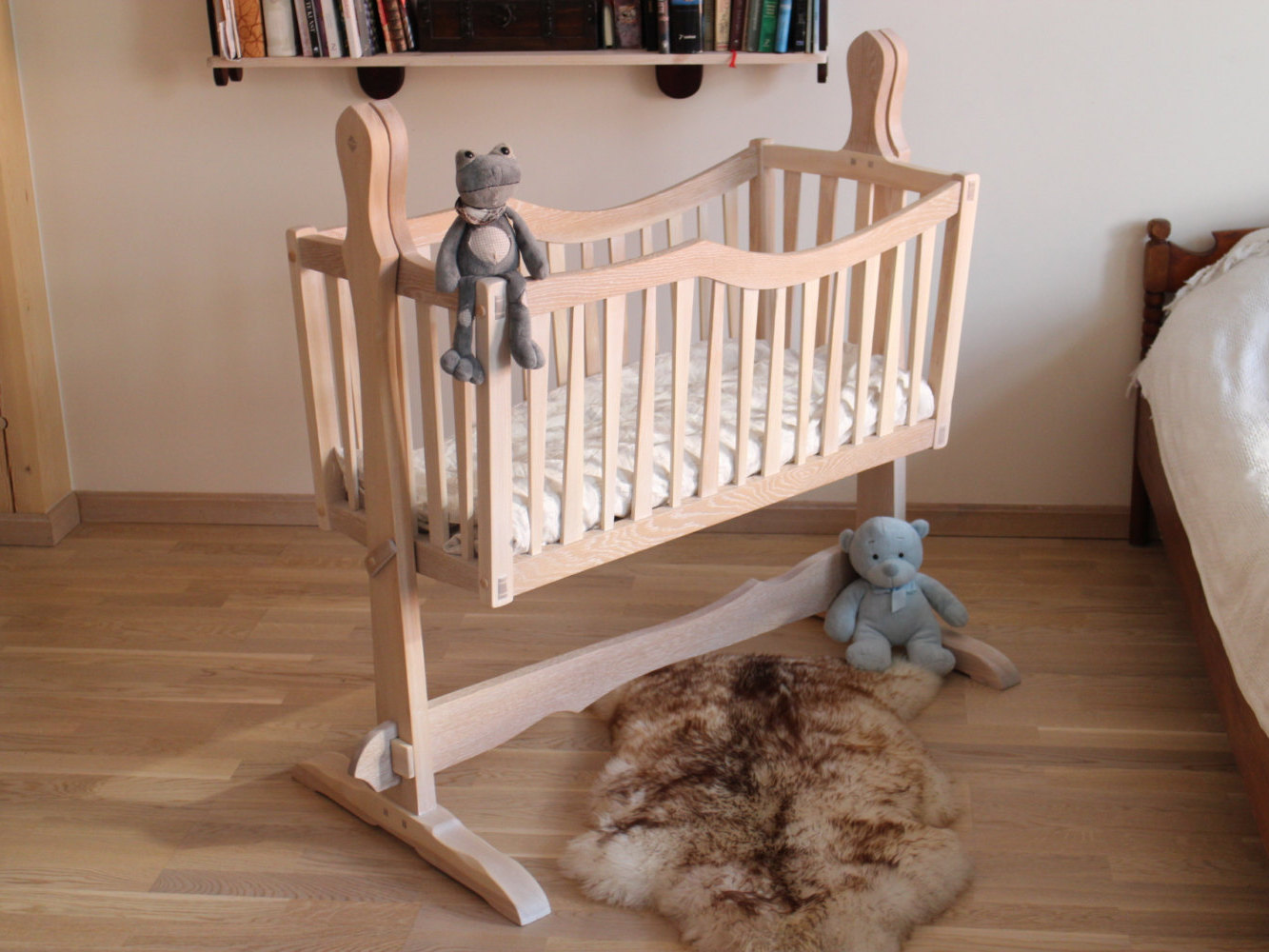 Handcrafted Kids Furniture – Hunting Handmade. Full resolution‎  photo, nominally Width 1333 Height 1000 pixels, photo with #945B37.