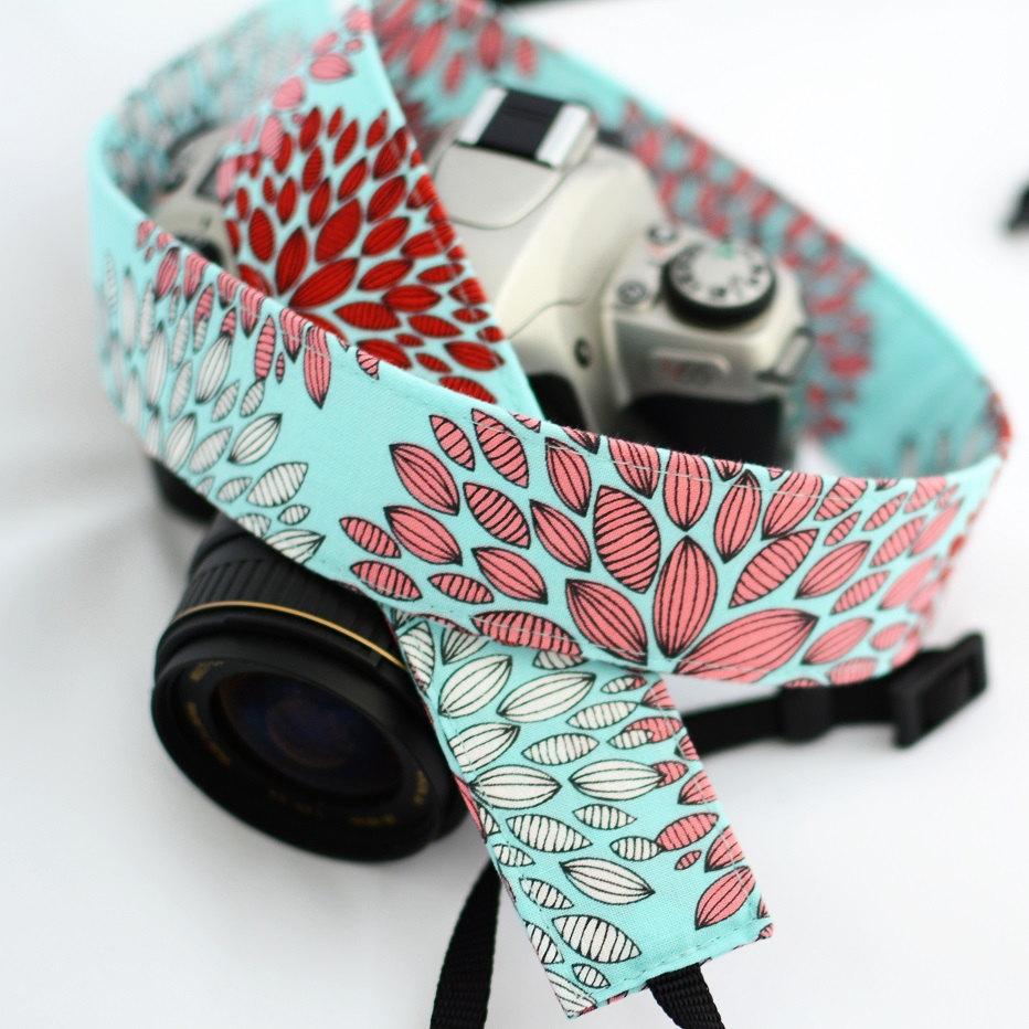1 dSLR Camera Strap