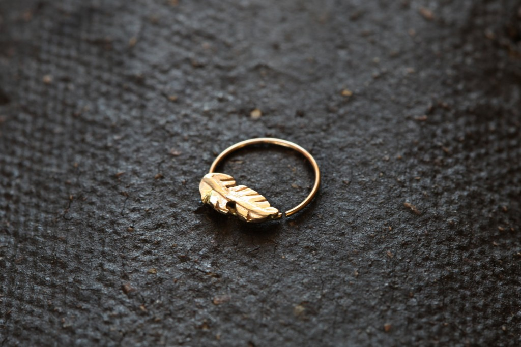 4 Feather nose ring