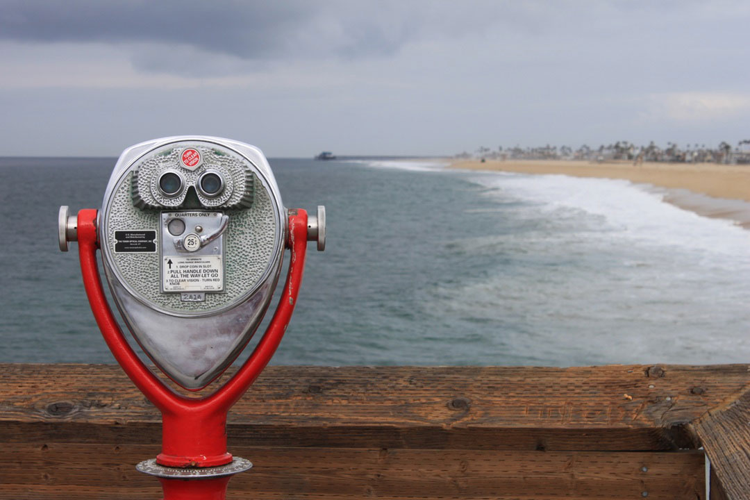 unsplash-web-binoculars