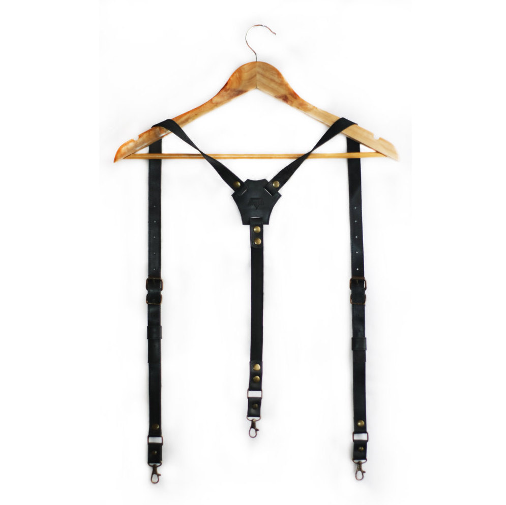 3 Leather suspenders