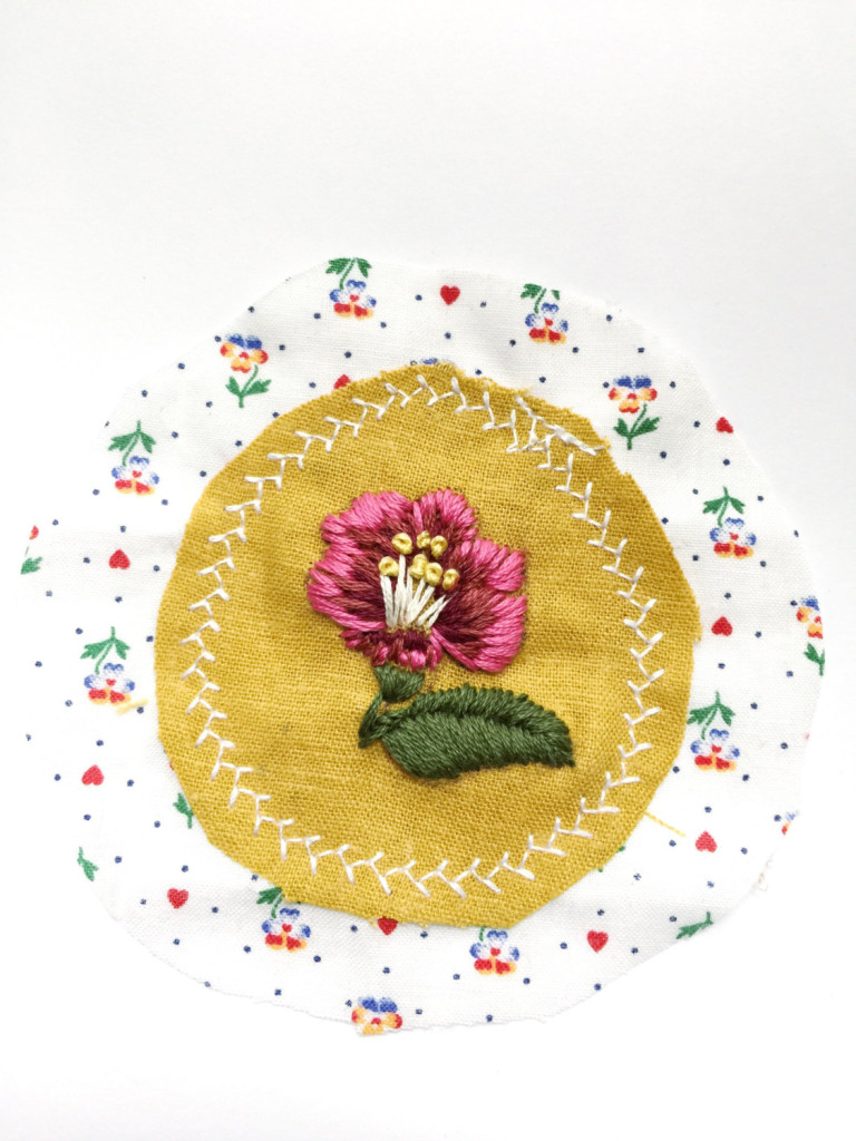 3 Pink Flower Embroidered Patch