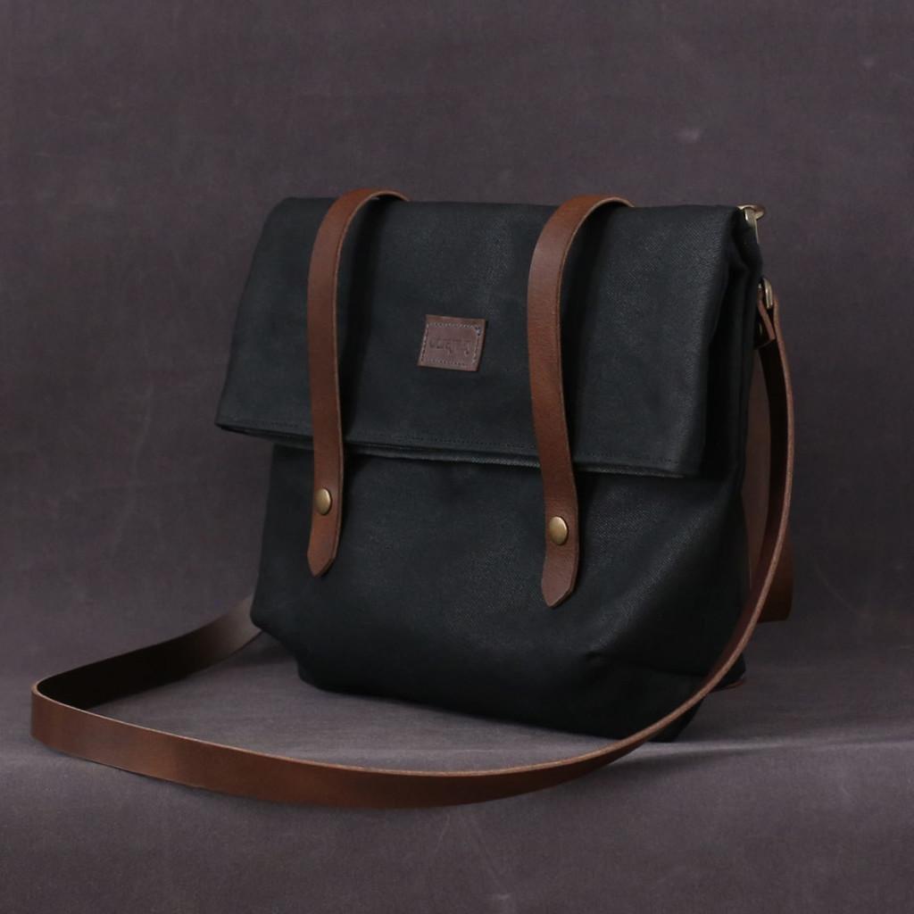 3 Waxed canvas bag EMMA black