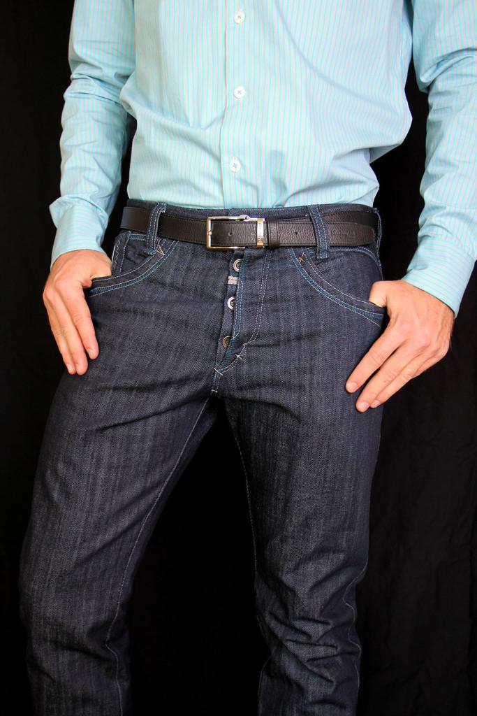 2 Blue organic cotten mens jeans