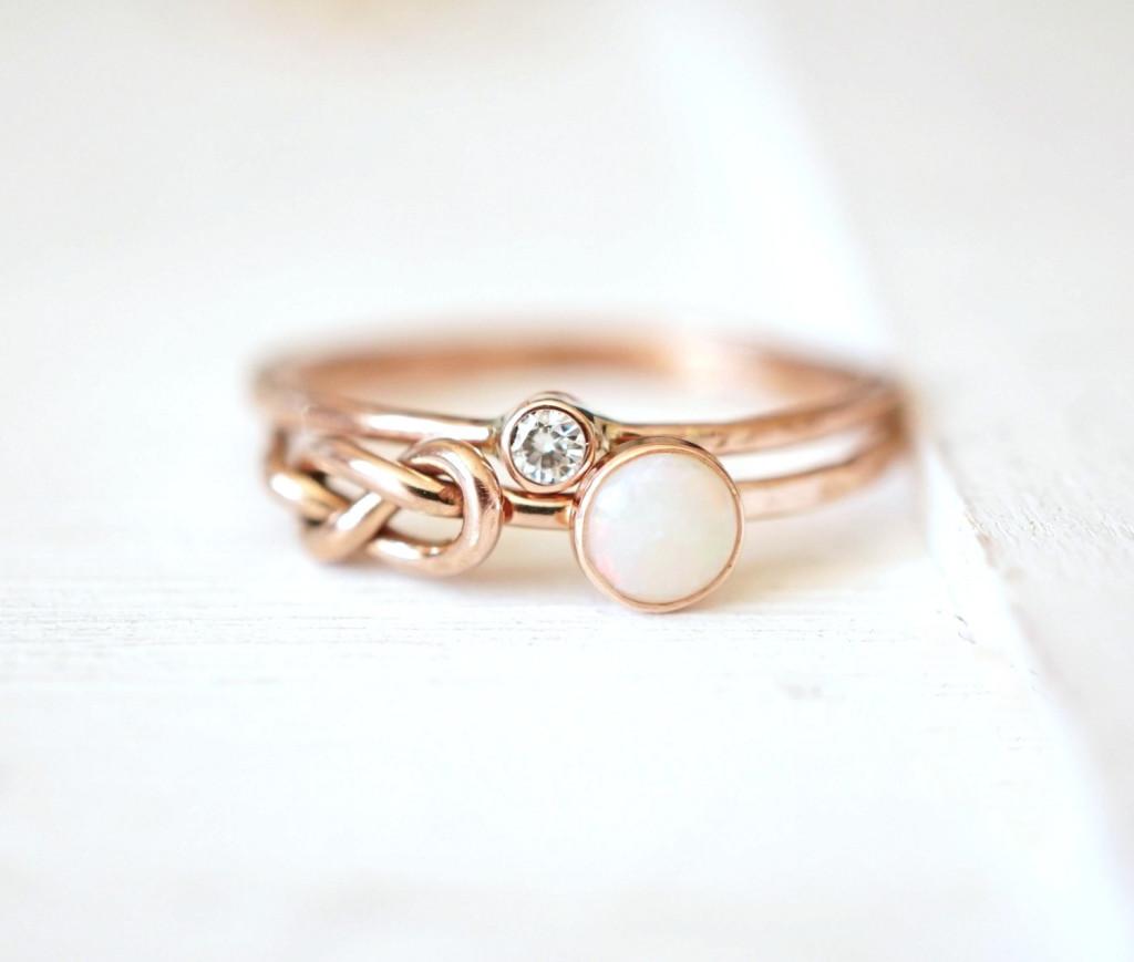 1 Opal Ring