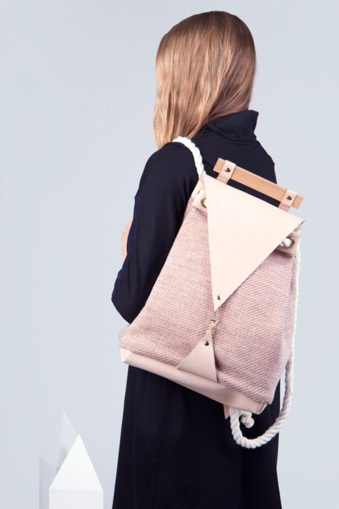 01 Minimal Nude Backpack
