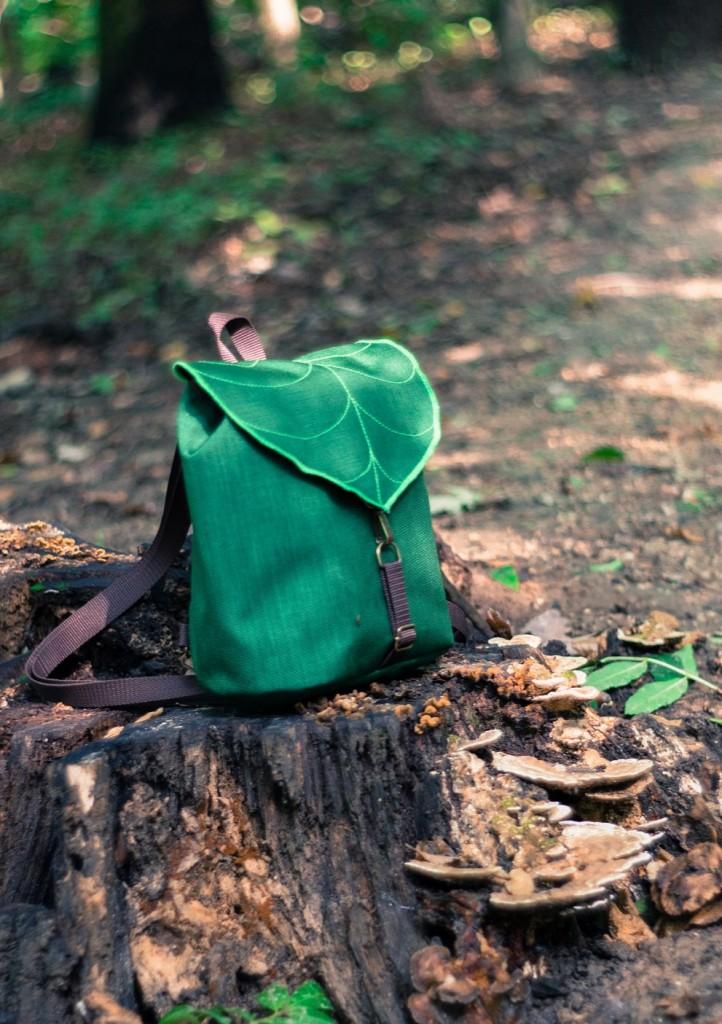 02 Dark Green Leaf Mini Backpack