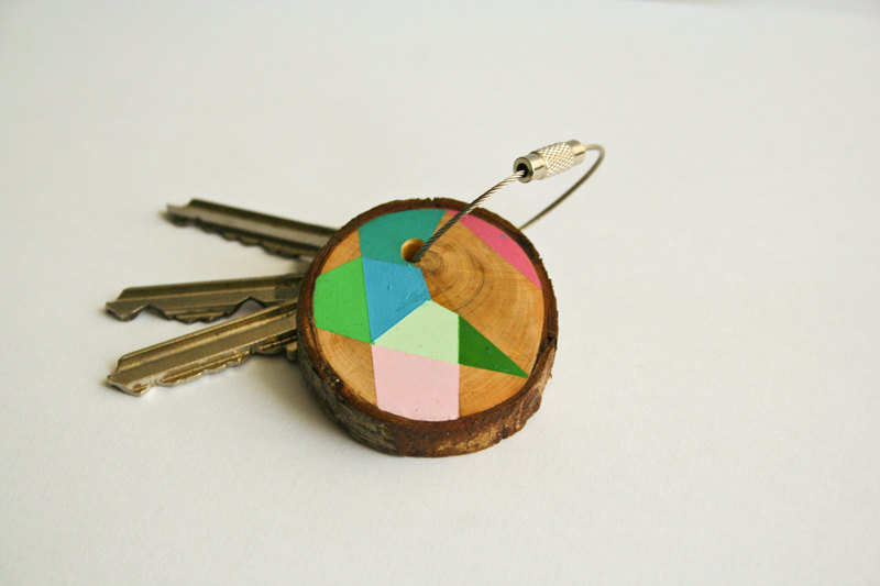 02 Pine wood keychain