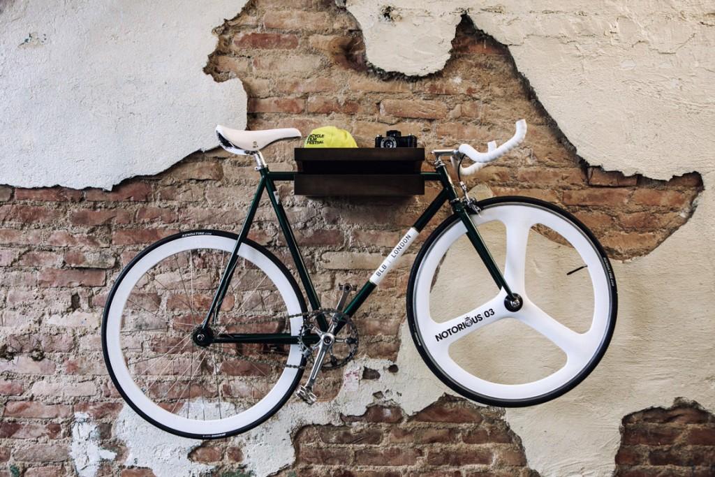 05 FIXA multi functional wood bike shelf