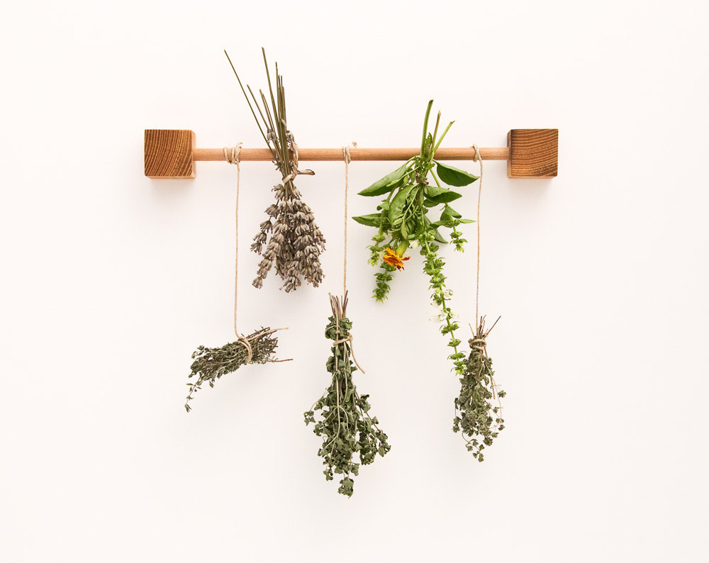 01 Herb Drying Rack