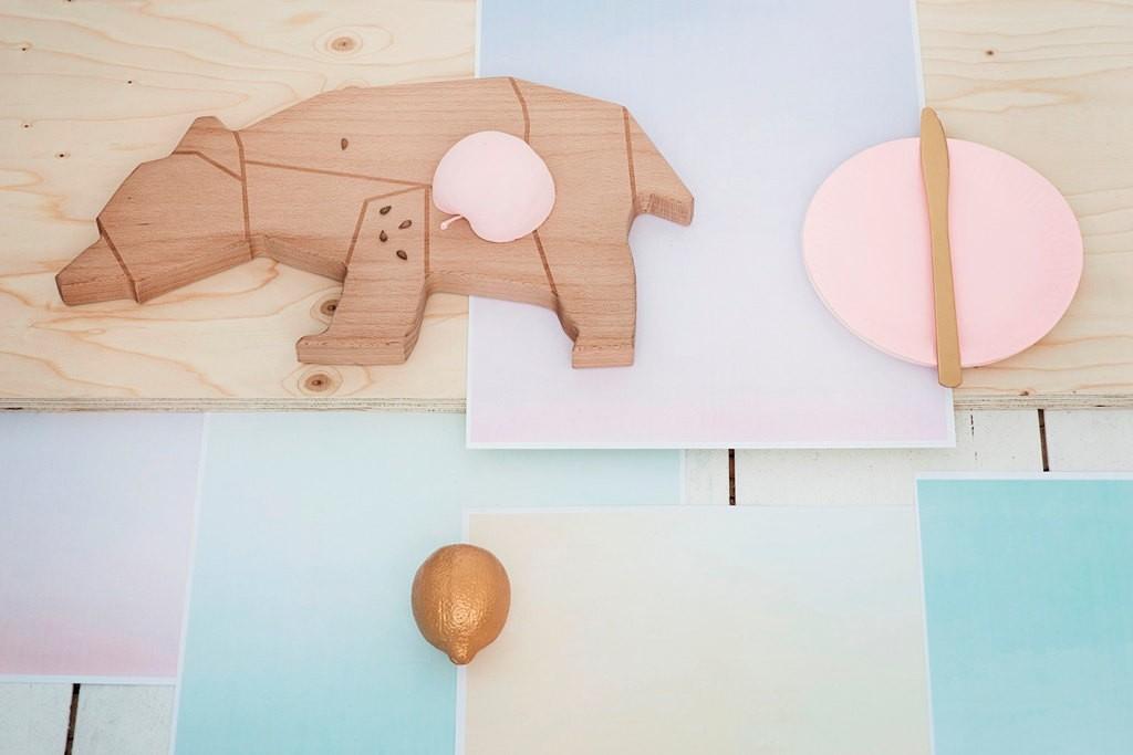 03 Cuttingboard Cheese plate bear