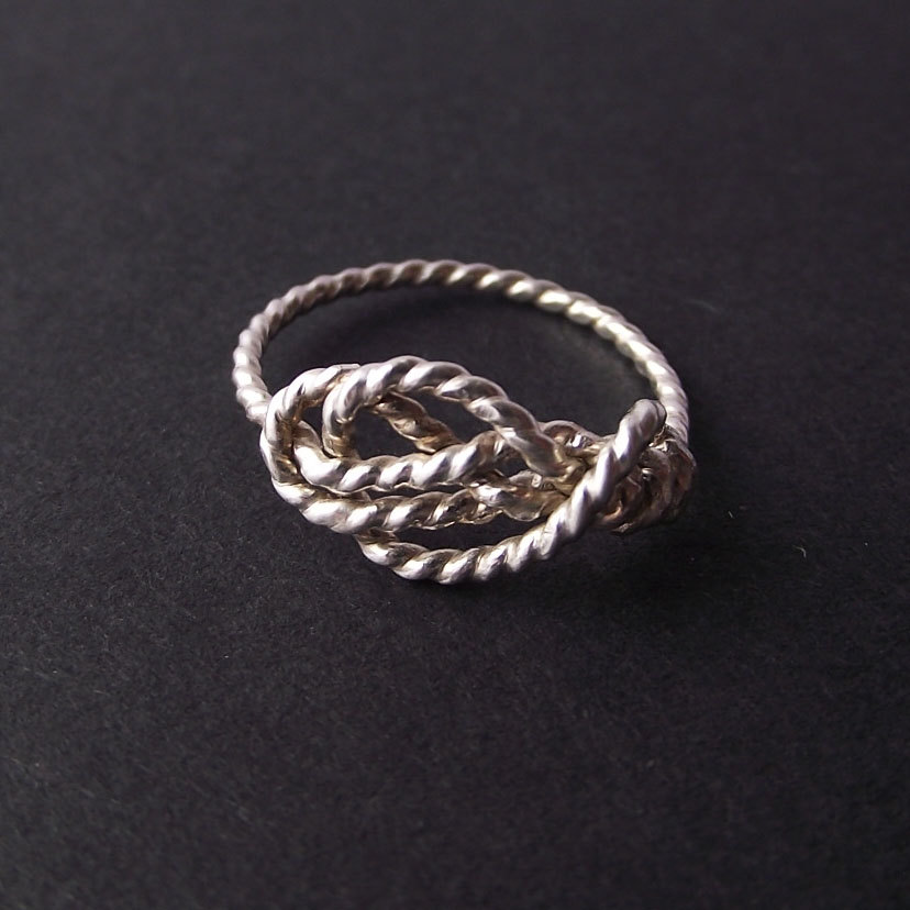 03 Sailor s Love Knot ring