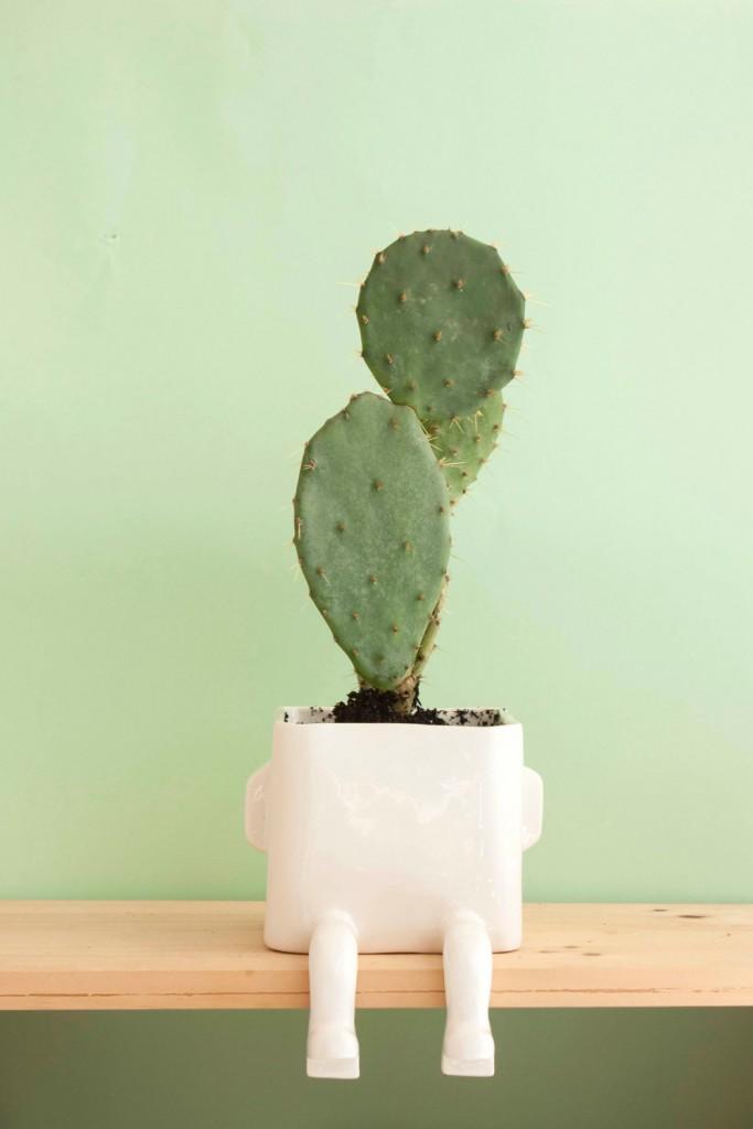 04 Ceramic pot
