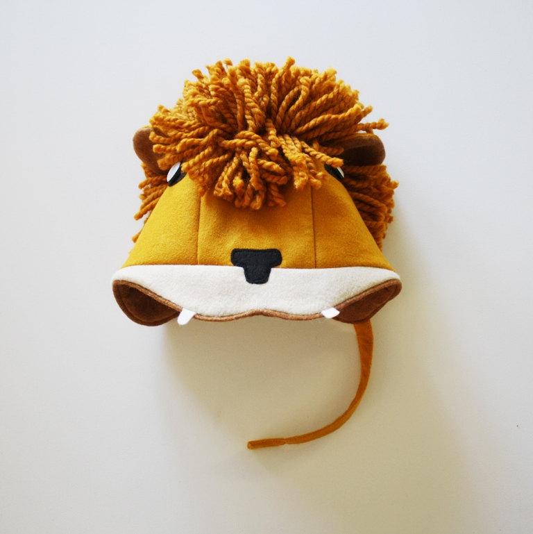 03 Ferocious Felt Lion Hat