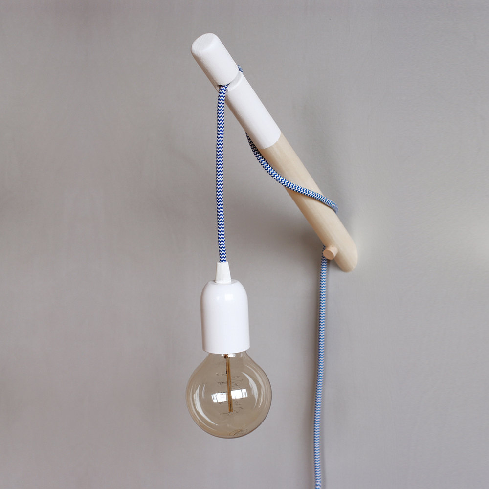 4 Dipped Wood Wall Lamp