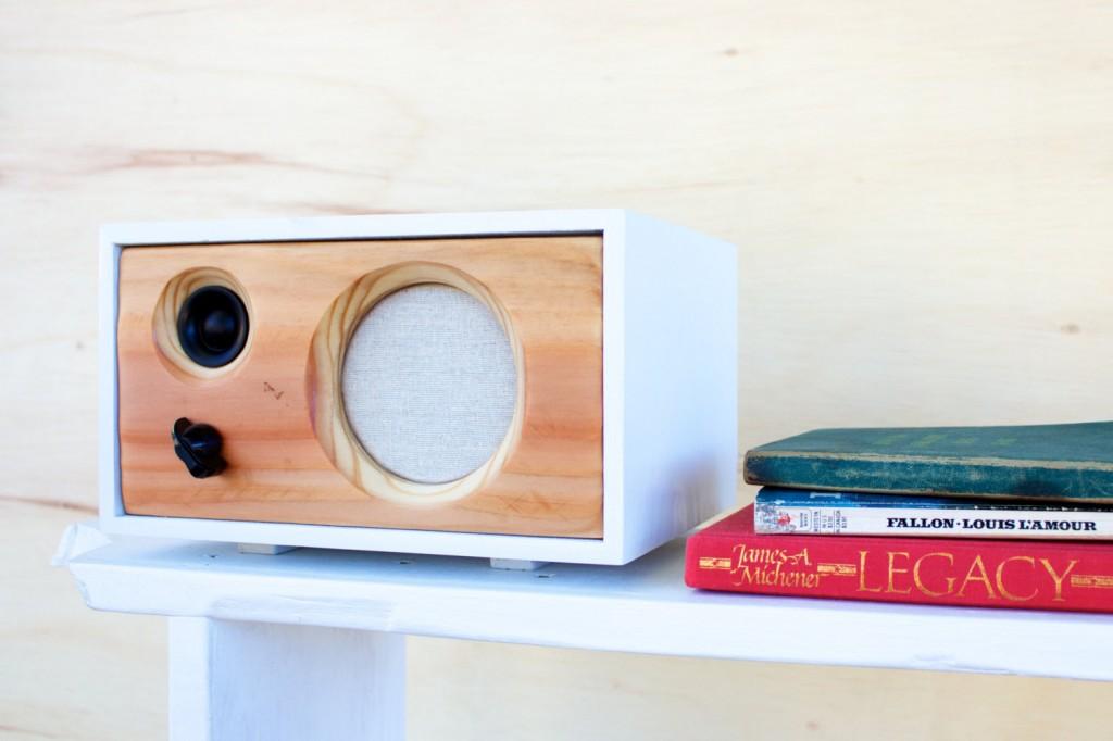 5 Desk Wood Speaker