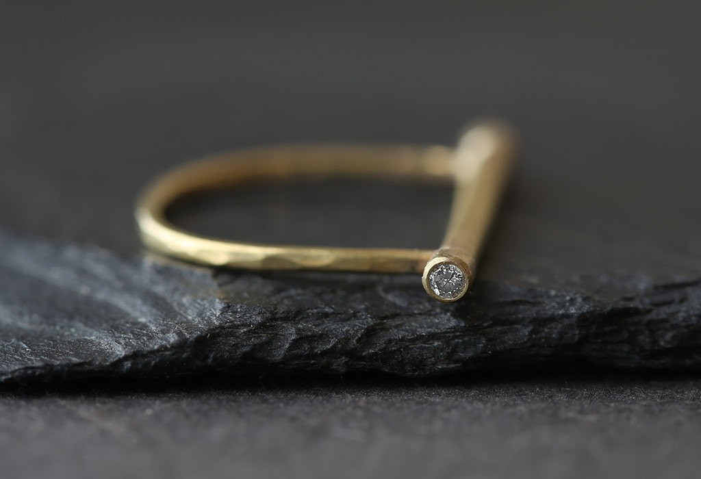 1 Diamond Bar Bell Ring