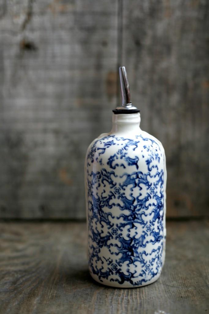 3 Porcelain bottle for oil
