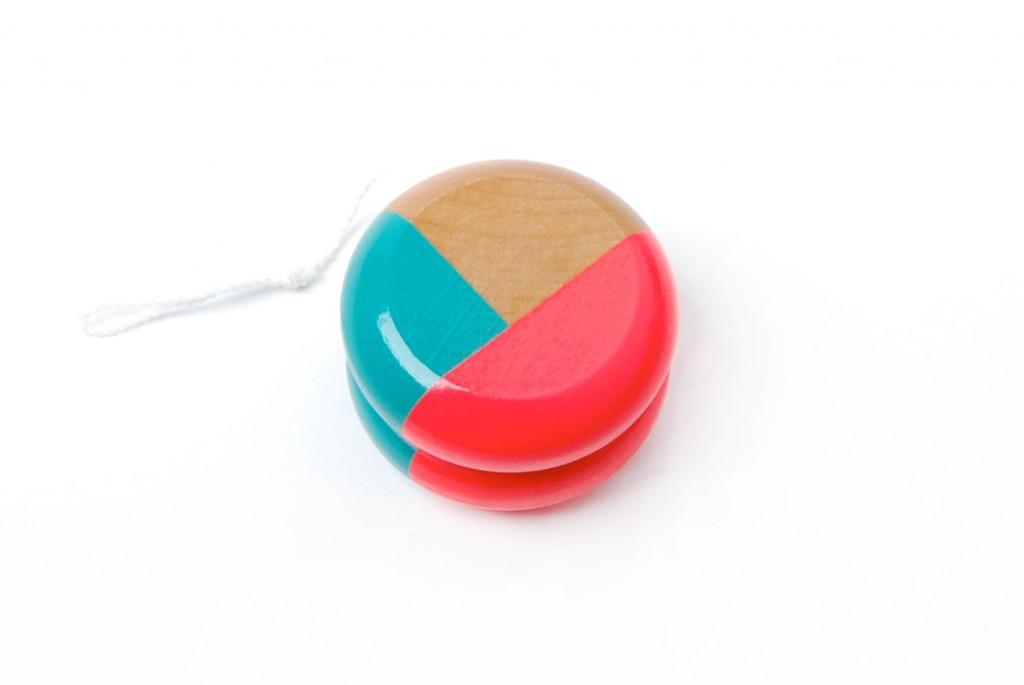 4 Wooden yo-yo