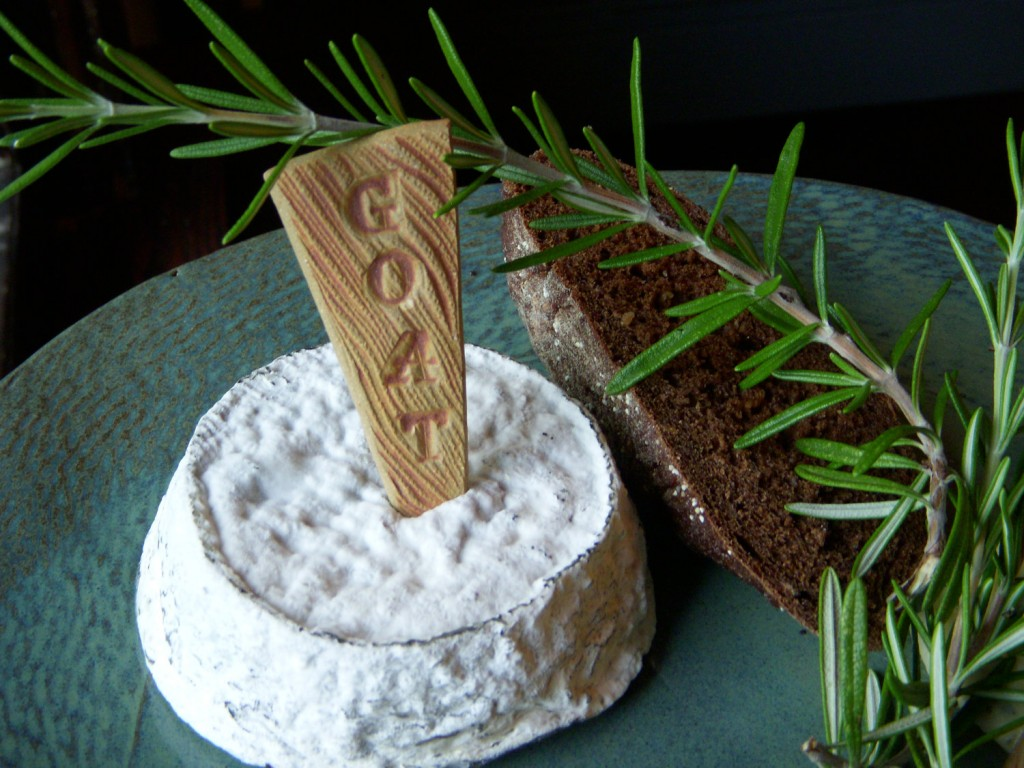 2 Rustic Natural Ceramic 4 Cheese Markers