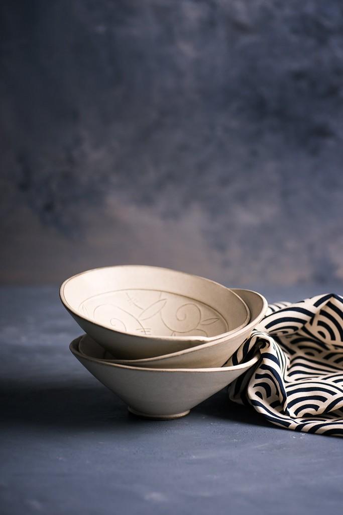 2 white Ceramic Bowls