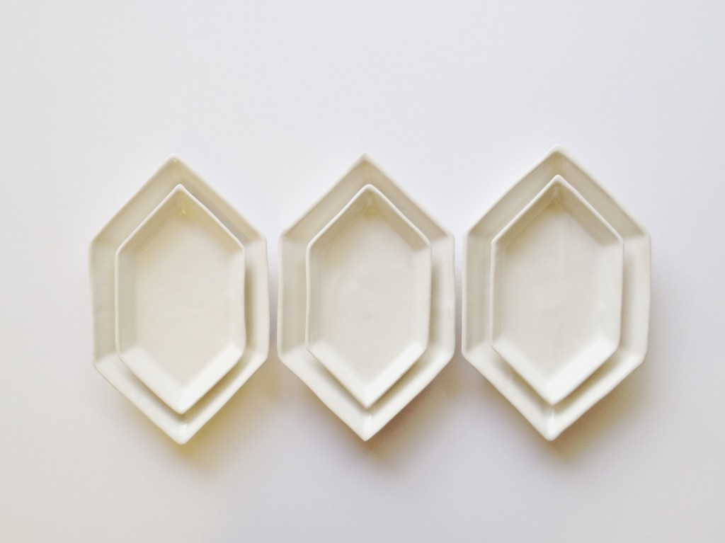 4 Slender Hexagon Serving Dishes