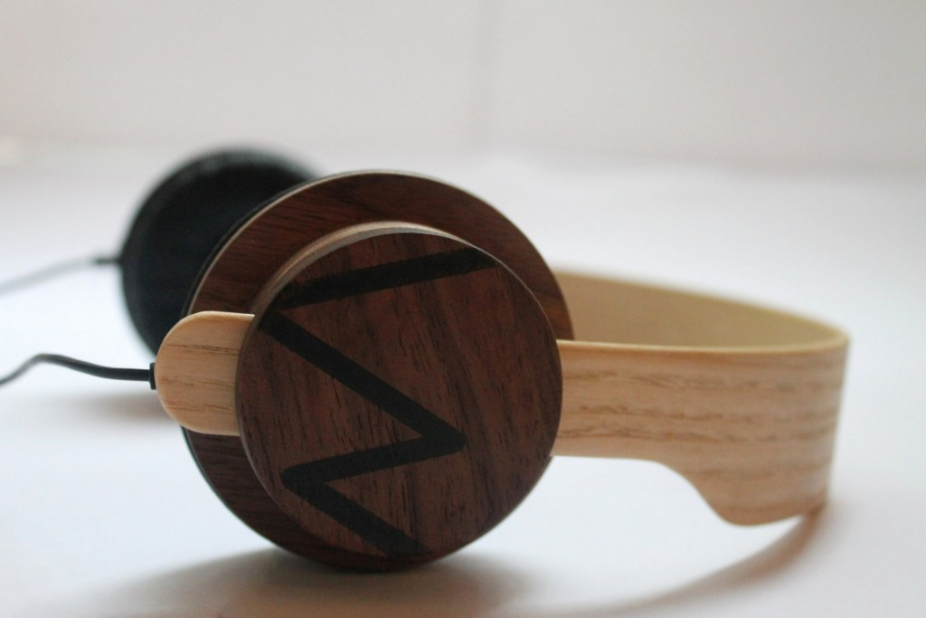 5 Wooden headphone