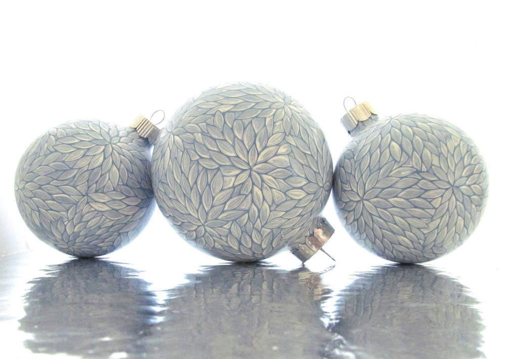 4 Set of 3 Blue and White Painted Glass Ornament