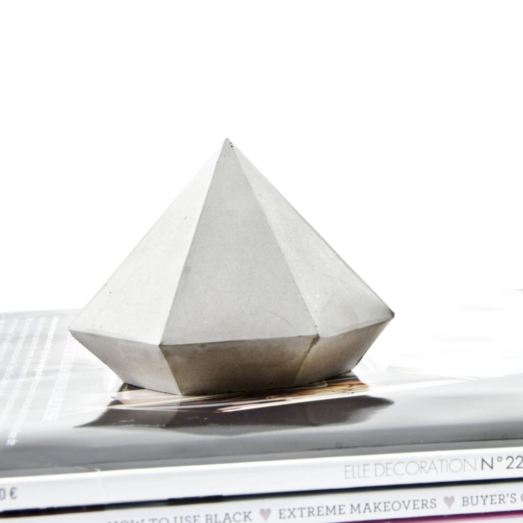 4 Concrete Diamond