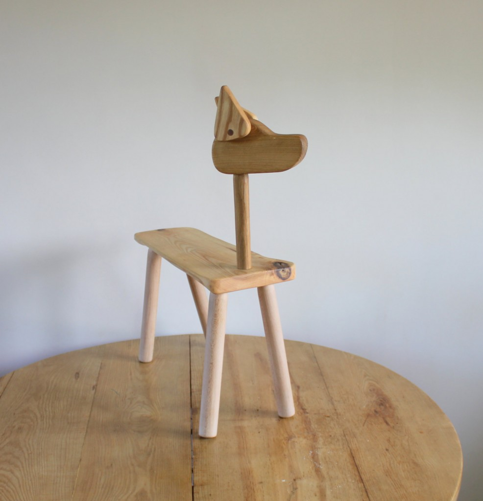 1 Wooden dog bench for kids