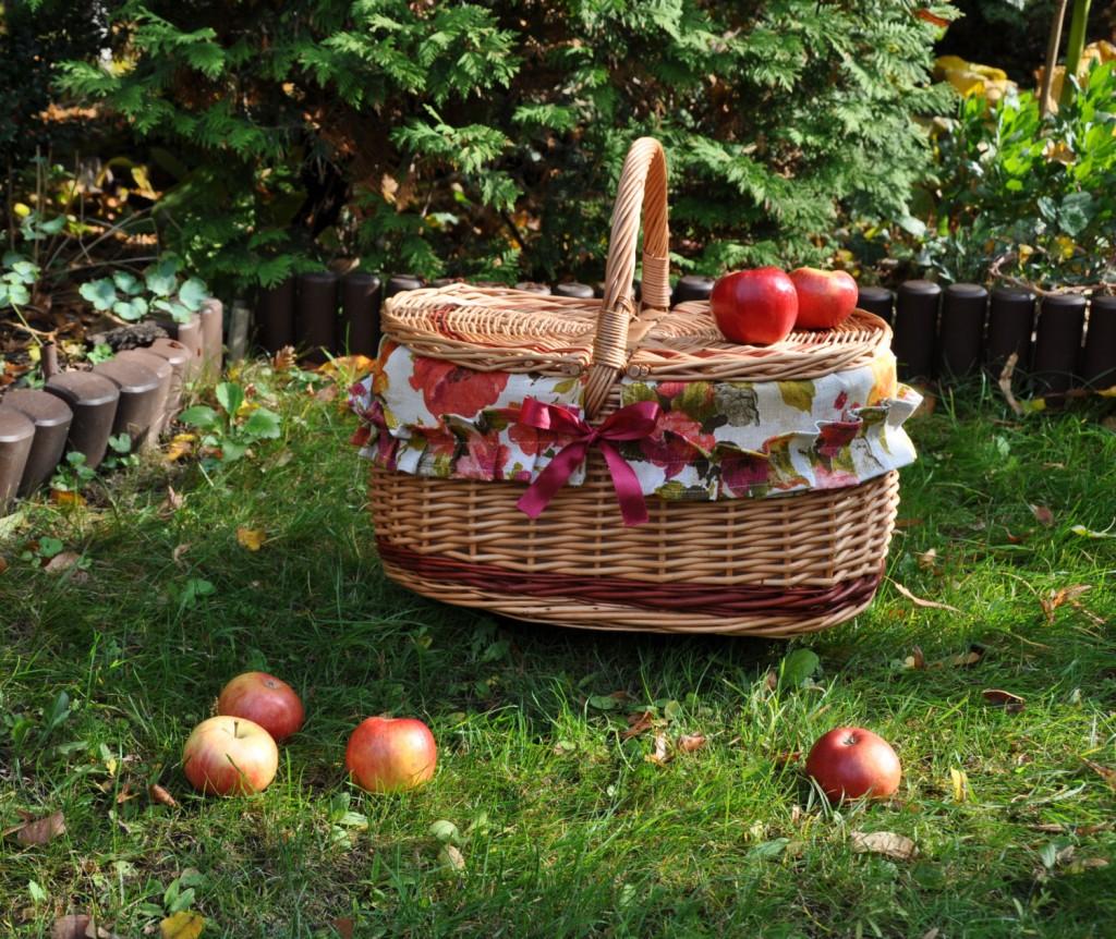 1 Hand woven basket