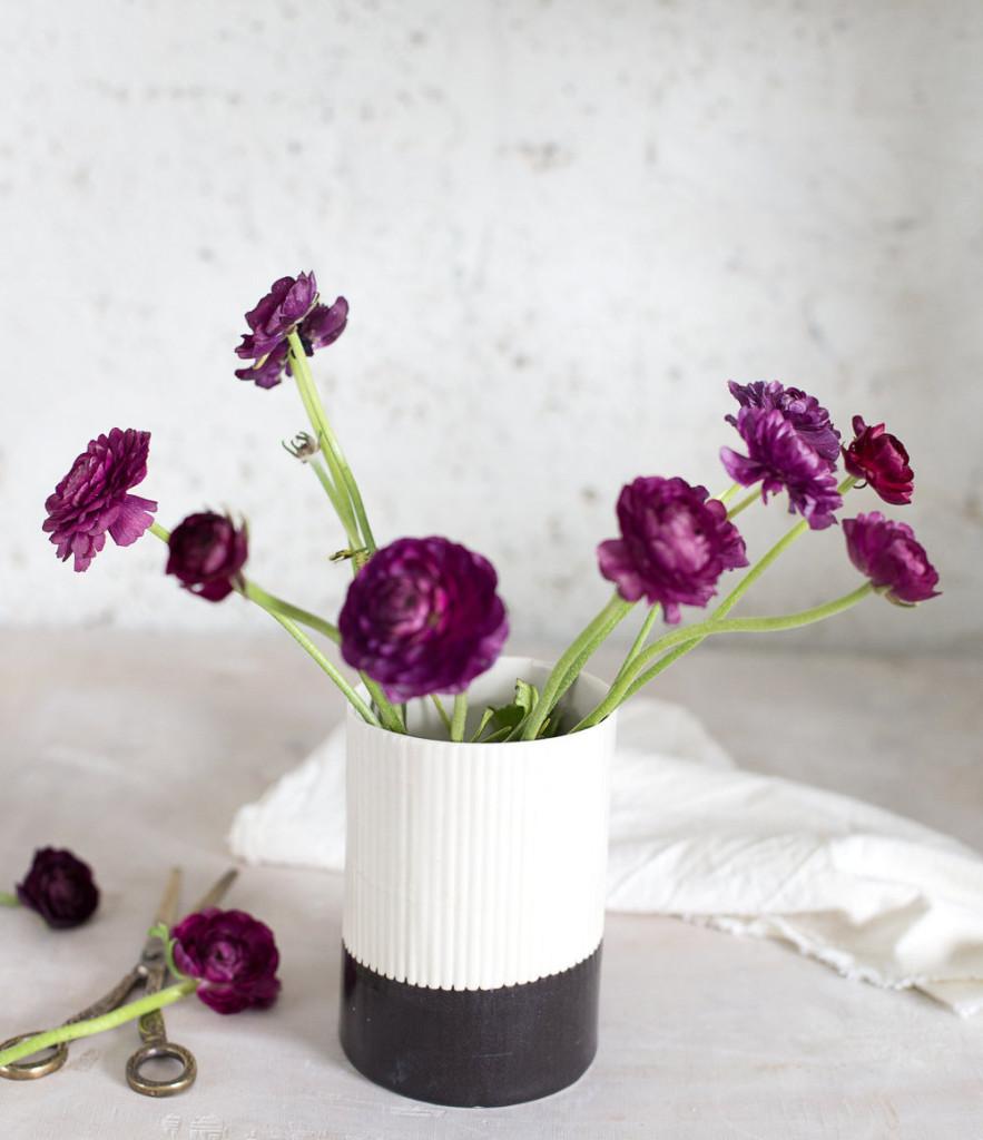 1 Ceramic Vase