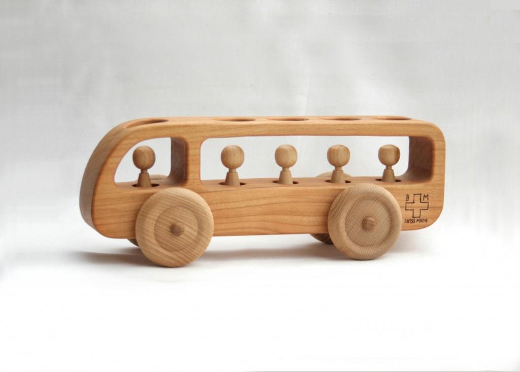 2 Wooden Bus